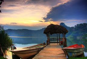 Lake Bunyonyi Tours Uganda